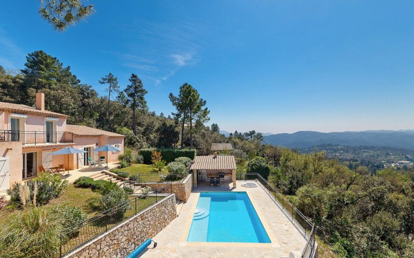 Superb villa with panoramic view – Montauroux