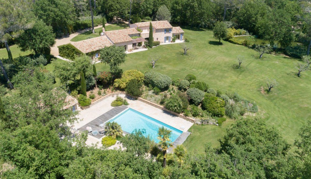 house for sale in provence with pool