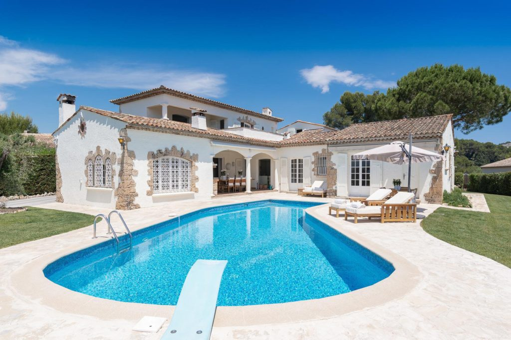 house villa with pool for sale in cannes south france
