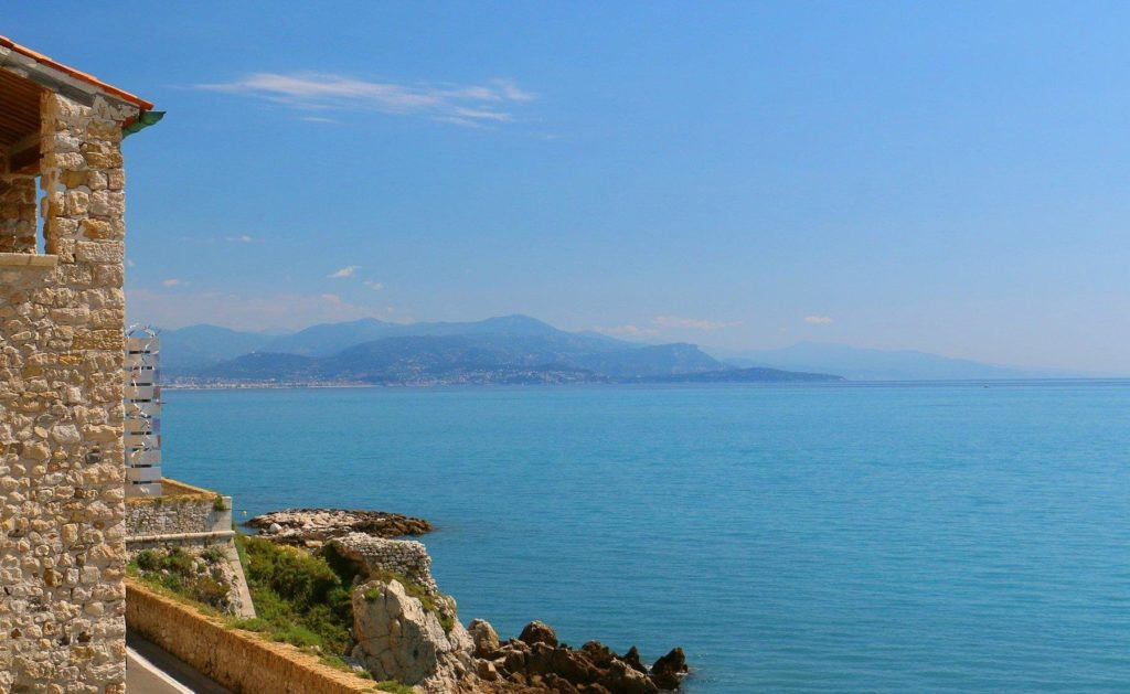 sea view apartment in south of france antibes