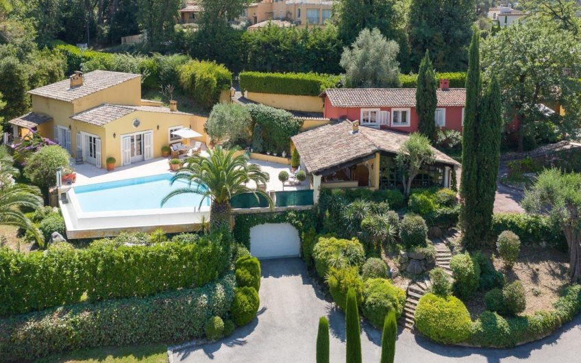 Property with pool and garden – Mougins Golf
