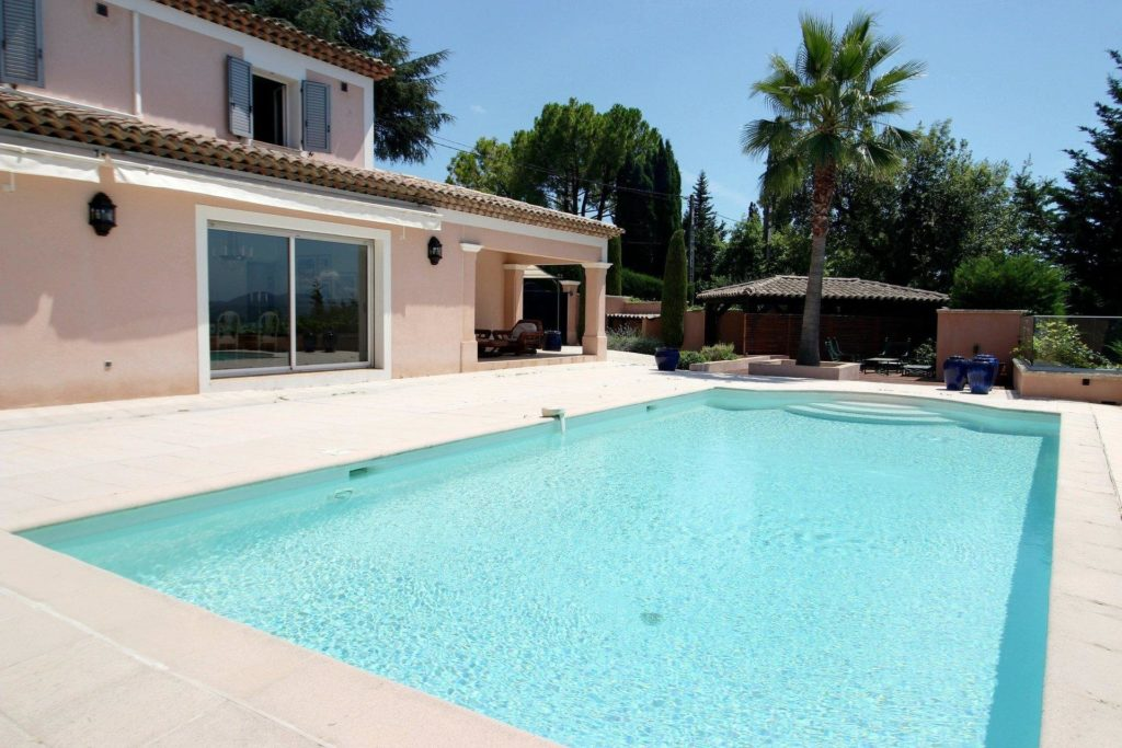holiday home in south of france