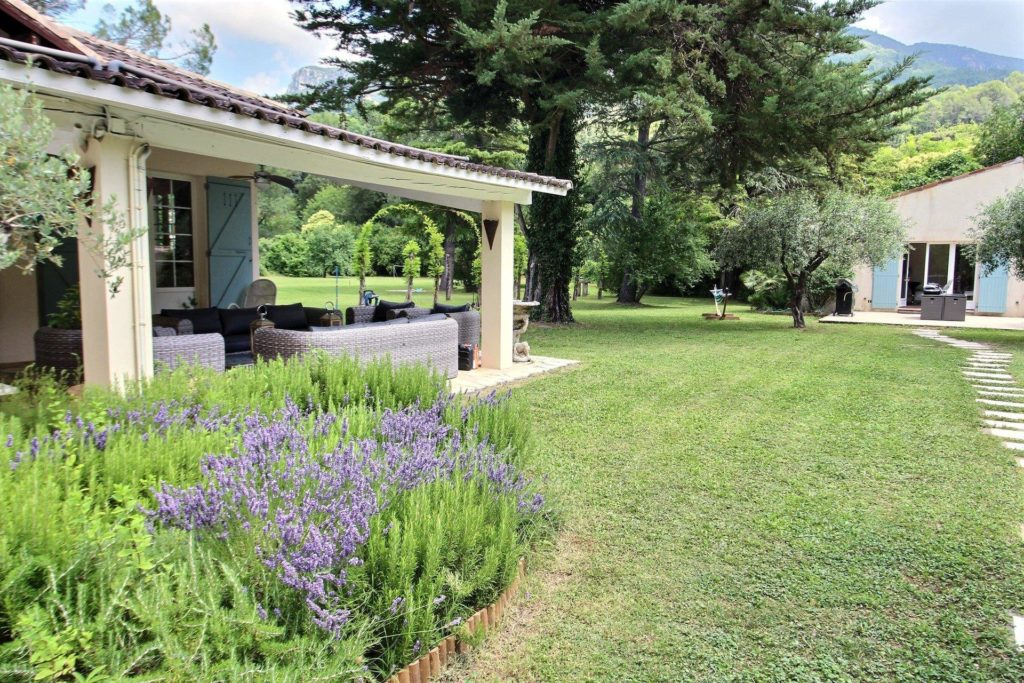 holiday home for sale in south france