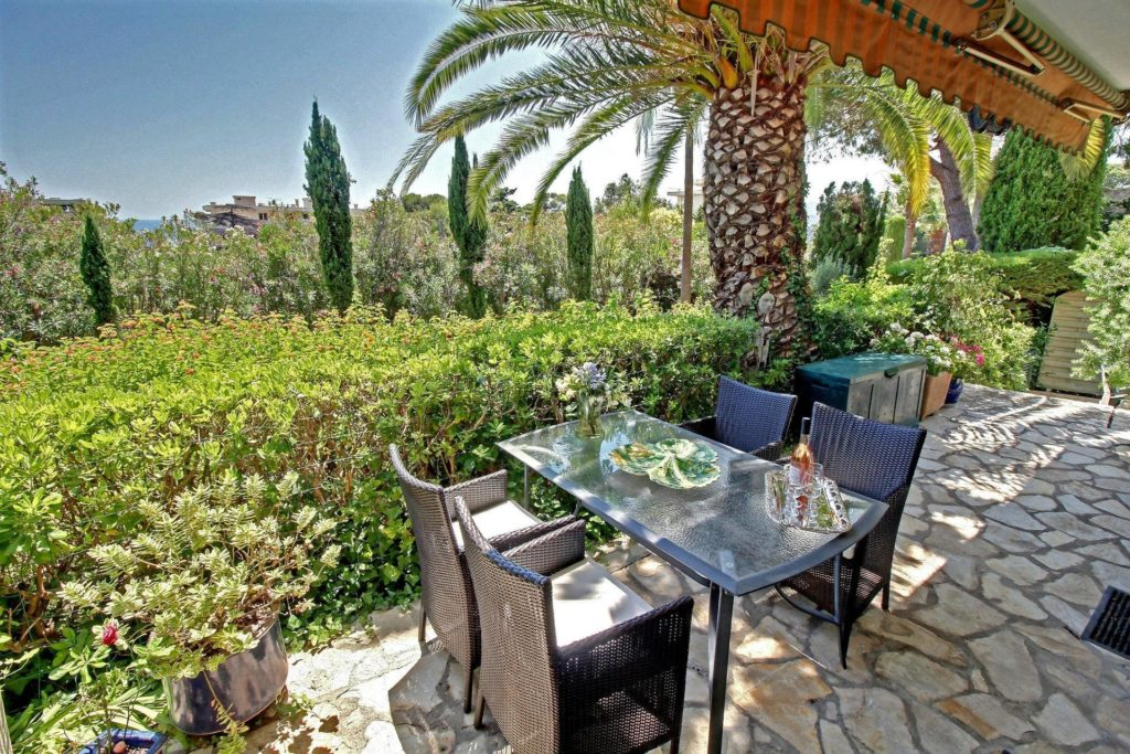 property with terrace garden in cannes