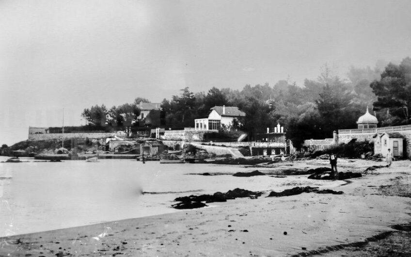 Villa pieds dans l'eau – Saint Aygulf