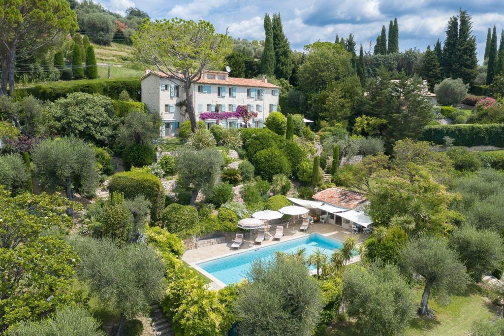 large villa with pool for sale in southern france