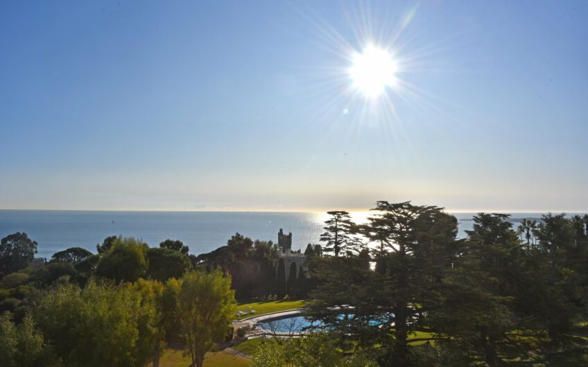 Appartement contemporain avec vue panoramique – Cannes Californie
