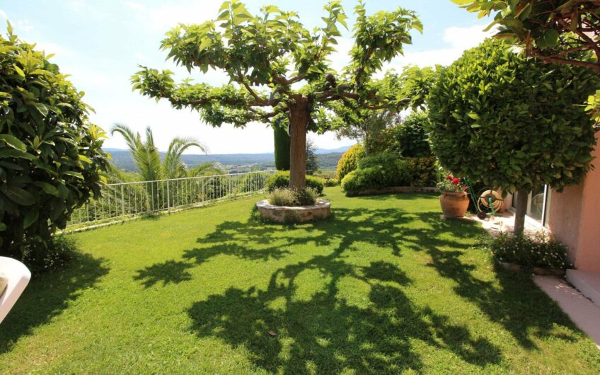 Grande villa avec vue panoramique – Montauroux