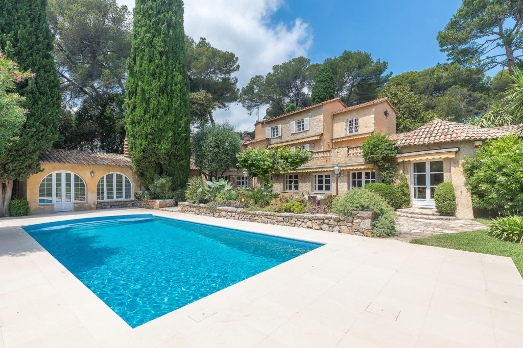 two floor property villa with private pool for sale in antibes