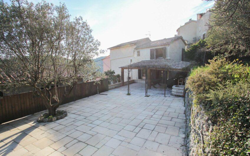 Maison de village avec jardin – Claviers