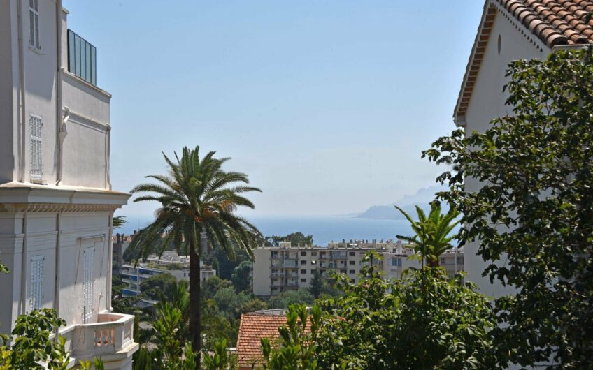 Appartement bourgeois vue mer – Cannes Petit Juas