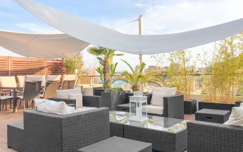 Villa sur le toit avec vaste terrasse – Beausoleil