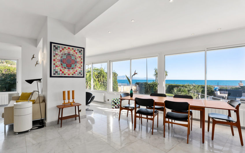 Contemporary villa with panoramic sea view – Cap d'Antibes