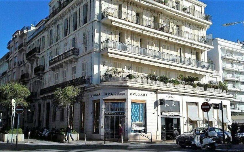 Appartement 4 pièces avec vue mer panoramique – Cannes Croisette