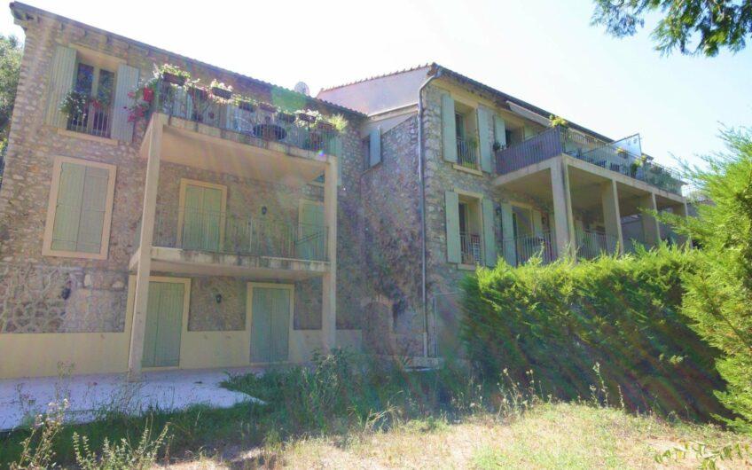 Appartement/villa 4 pièces duplex sur terrain – Roquefort les Pins