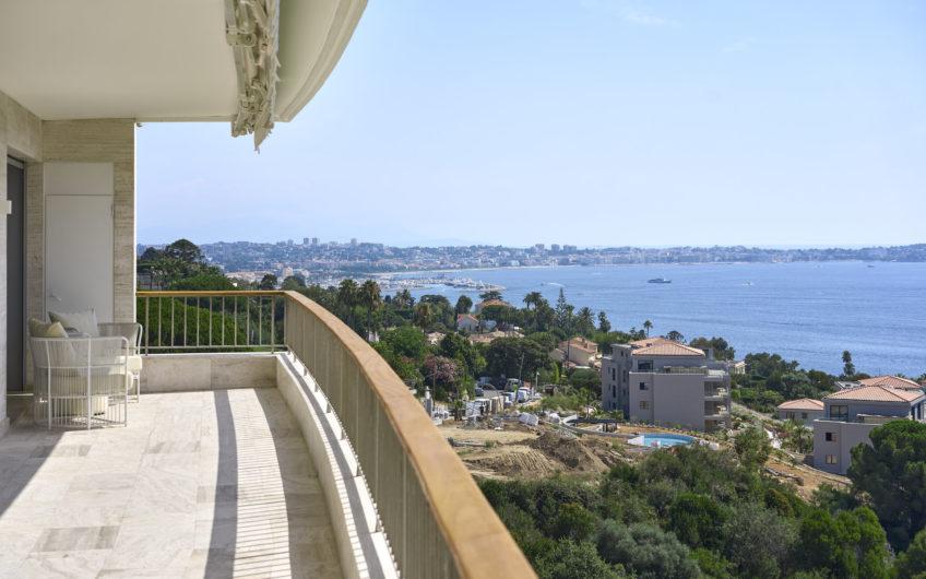 MAGNIFICENT RENOVATED APARTMENT – Californie Cannes