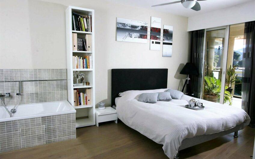 Très bel appartement avec vue mer – Le Cannet