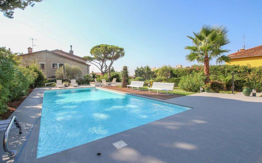 Spacieux 3P avec vue mer, piscine, parking – Nice Mont Boron