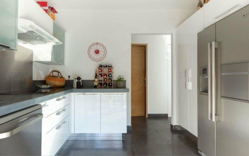 Villa splendide et contemporaine – Nice Gairaut