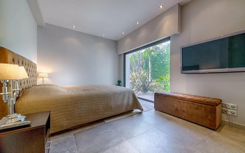 Villa contemporaine avec vue mer – Super Cannes