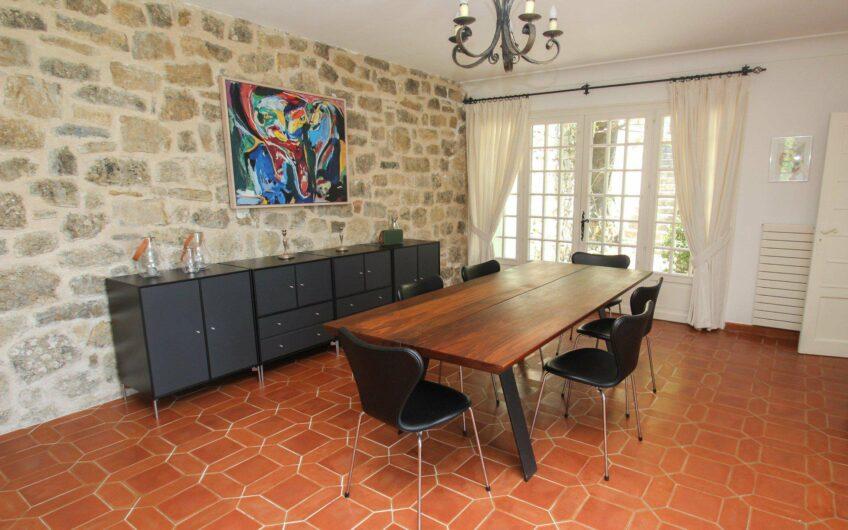 Villa provençale avec vue panoramique – Montauroux