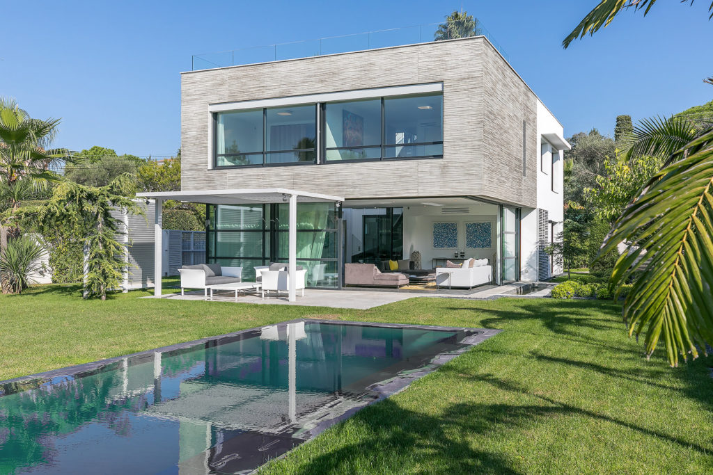 luxury villa for sale in antibes south france