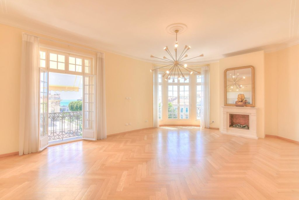 bright open apartment for sale in menton