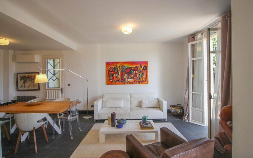 Art-deco hus med havsutsikt – St Jean Cap Ferrat