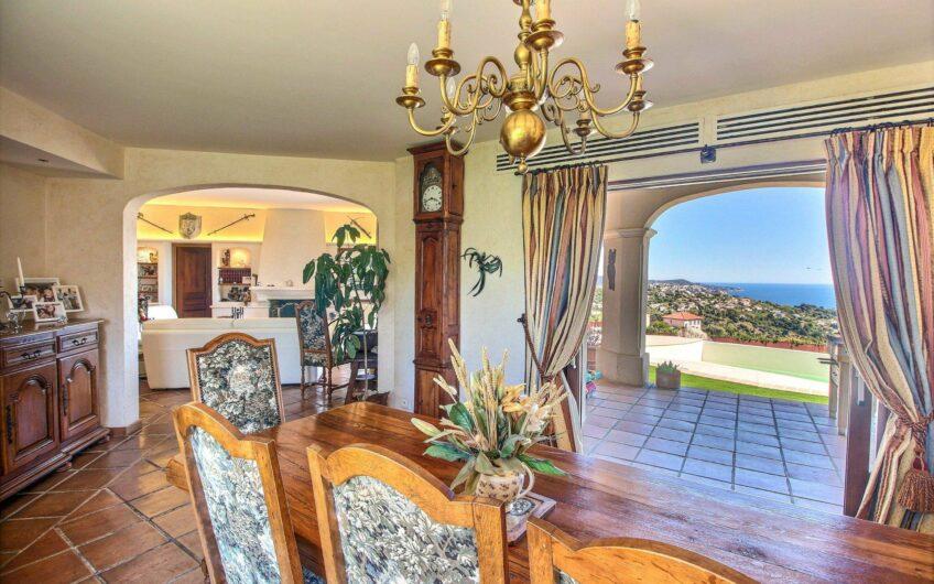 Maison provençale avec vue mer exceptionnelle – Nice Ventabrun