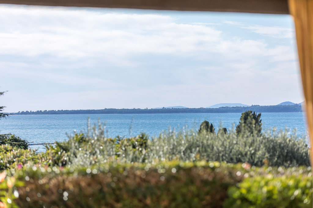villa home for sale in antibes