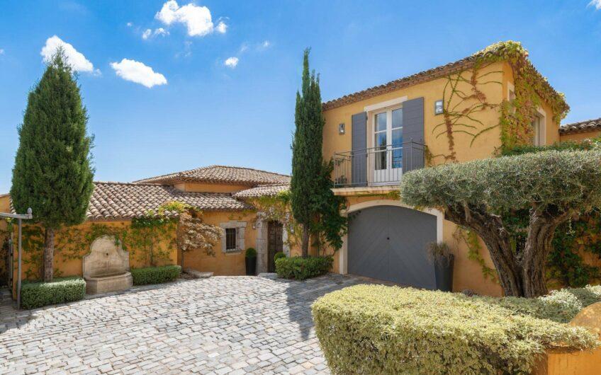 Superbe villa avec vue mer panoramique – Sainte Maxime
