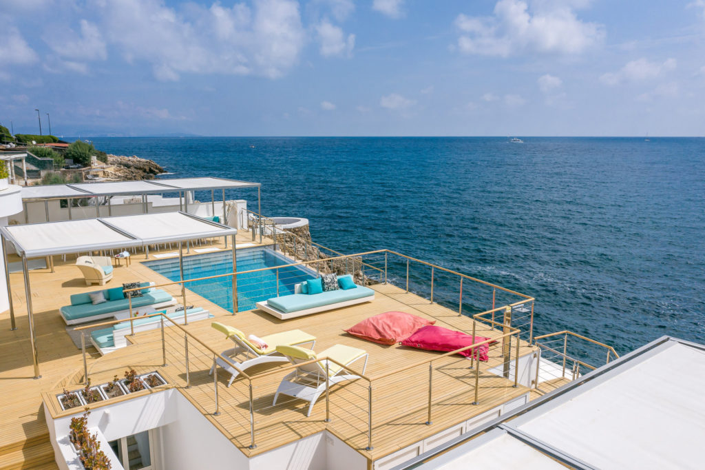 luxury property villa for sale in south of france antibes