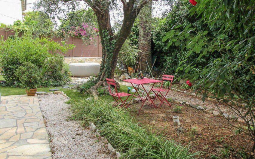 Maison bourgeoise avec jardin – Saint Sylvestre