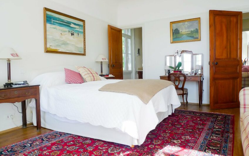 Maison de Parfumeur avec vue mer et piscine – Grasse St Jean