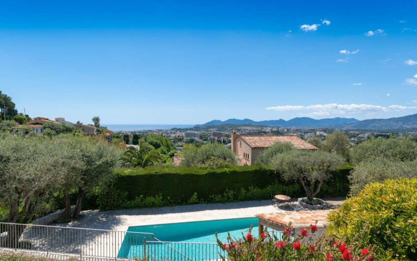 Villa de 5 chambres avec vue sur la mer et grande piscine – Mougins