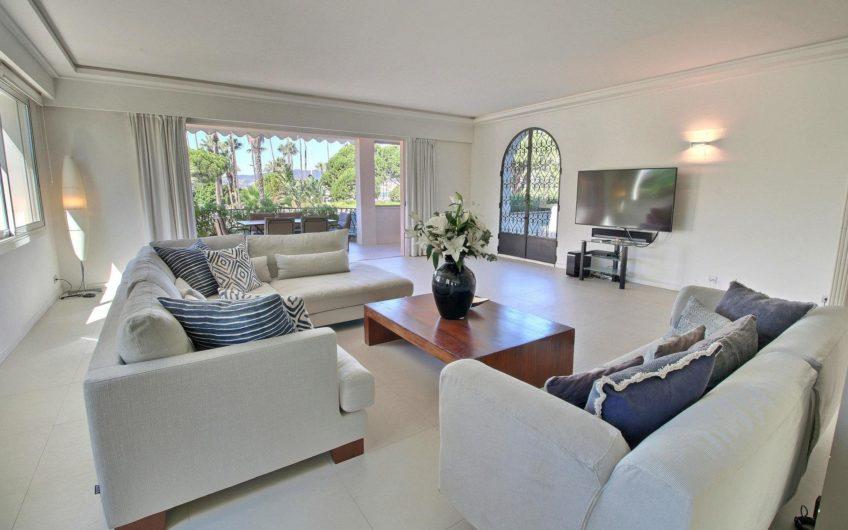 Incroyable appartement jardin – Croisette Cannes
