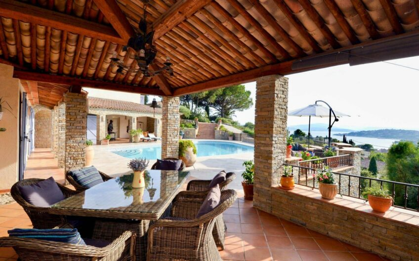 Villa with amazing views  of the Bay of St Tropez – Sainte Maxime
