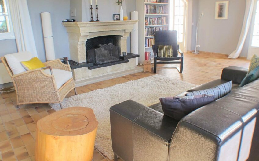 Villa spacieuse avec vue mer – Draguignan