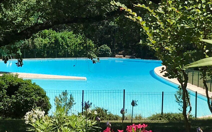 Magnifique villa dans un domaine luxueux – Castellaras