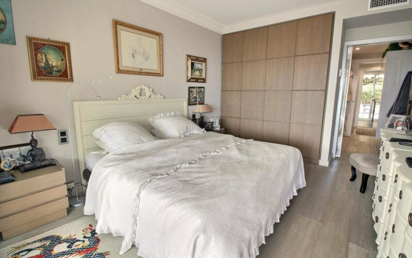 Luxury apartment with stunning sea view – Le Cannet