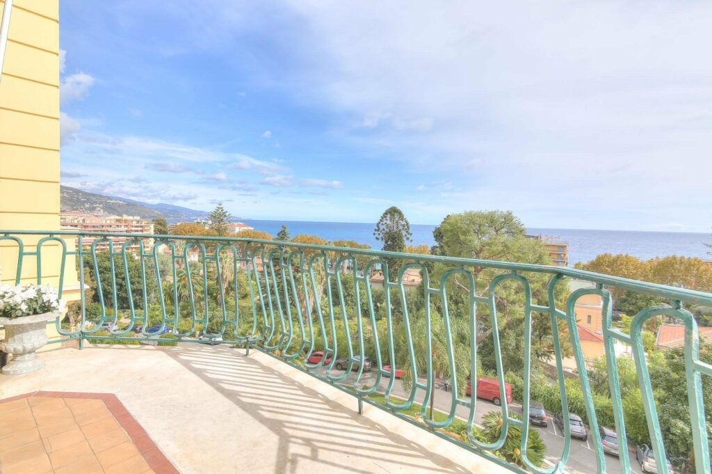 apartment for sale in south of france