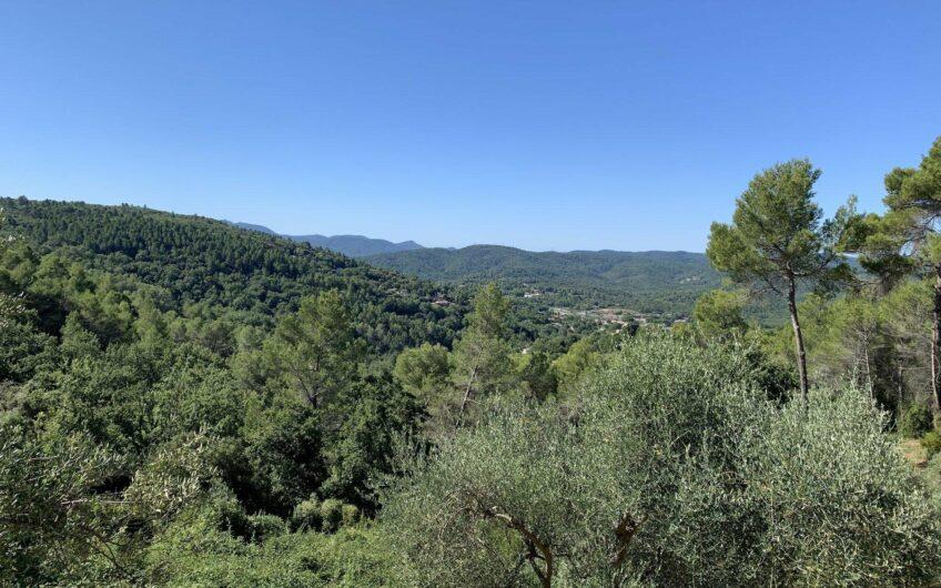 Villa avec vue sur la vallée – Montauroux