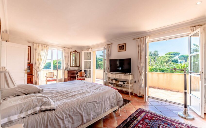 Charming villa with pool – Sainte-Maxime