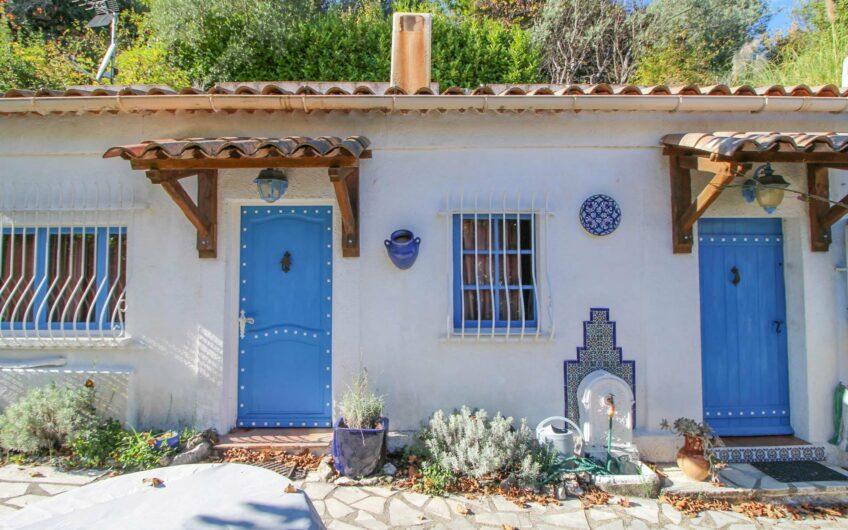 Village house with garden – Seillans