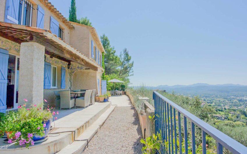 Villa  avec vue Panoramique  –  Callian