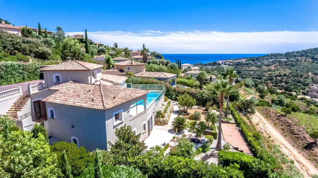 villa for sale in south france with pool