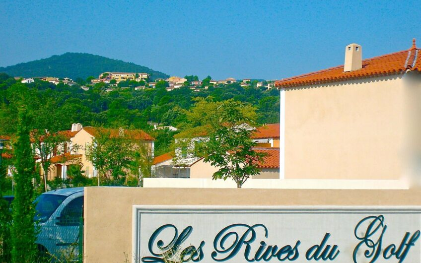 Roquebrune-sur-Argens – Villa, 6 rooms with garden + Jacuzzi in a luxury domain
