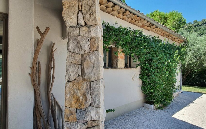 Belle villa avec piscine – Saint Paul de Vence
