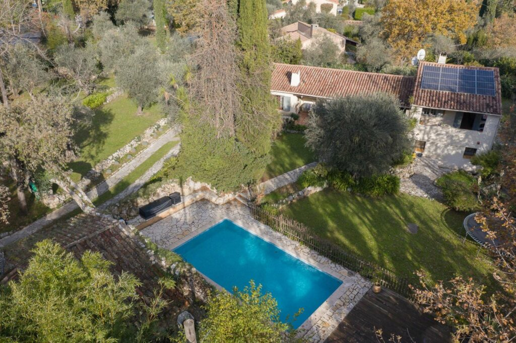 villa with pool and garden for sale cannes south of france