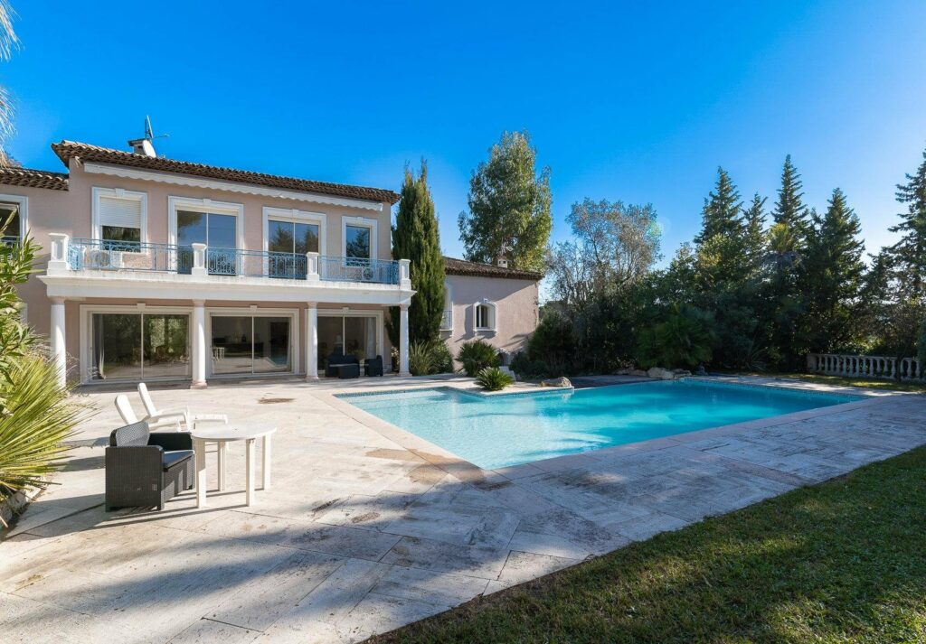 villa for sale in south france